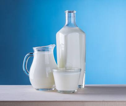 Thumb_20-close-up-of-milk-against-blue-background-248412-ss